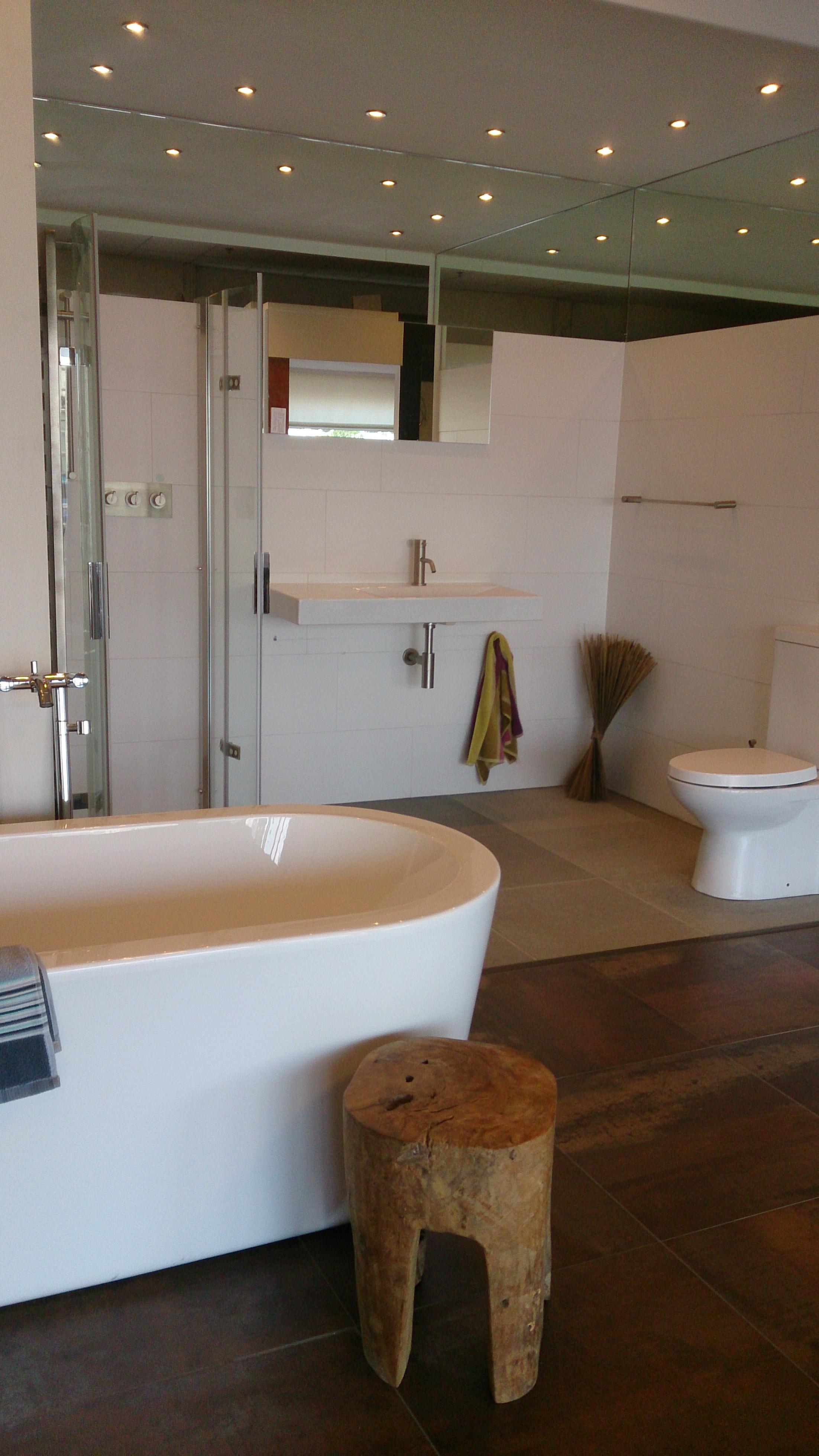 facebook van badexclusief dé badkamerarchitect uit Groningen