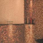 Original-style: original style en badexclusief groningen, nederland, met alle mozaïek zoals gold fleck, ook voor overige natuursteen tegels, wandtegels en vloertegels, net zo als de collectie splashbacks en rvs mozaïek tegeltjes. Terra cotta en cement-tegels horen net als de klassieke jugendstil tegels tot de top kwaliteitscollectie van badexclusief