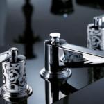 badkamerarchitect voor Nederland is al zo'n 30 jaar Badexclusief uit Groningen. Voor de luxe badkamer in huis of de jachtbouw de serie Piere Yves Rochon van THG Paris.
